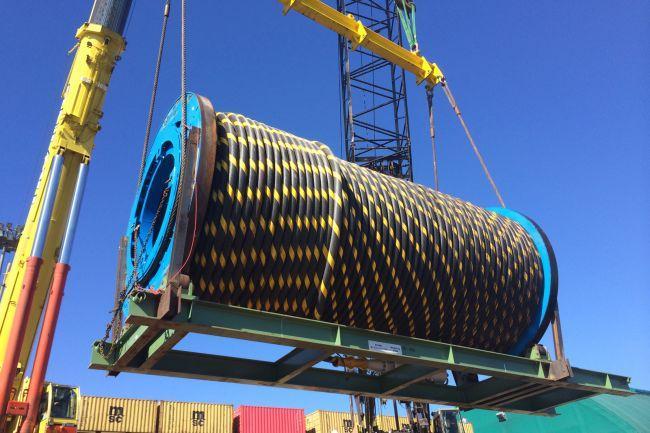 加拿大用于潮汐发电的水下电缆开始敷设