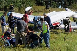 美国小型直升机撞倒输电线导致机毁人亡