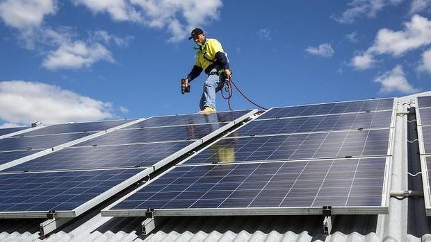 纽约州数个投资银行投49亿支持新能源项目