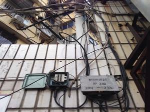电线屡屡被盗剪 断线垂至地面隐患大