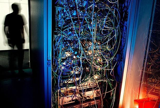 法媒曝法安全局监听民众通信系统
