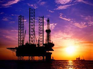 国际油价暴涨逾10% 委内瑞拉呼吁开紧急会议