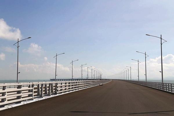 """港珠澳大桥:""""远东""""智能电缆连线世界"""