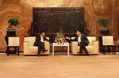 蒋锡培率队参访苏宁 洽谈战略合作新模式