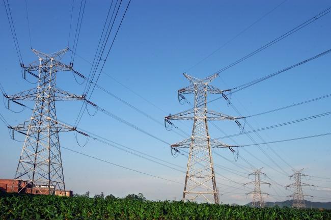 上半年全社会用电量3.4万亿千瓦时 同比增长5%
