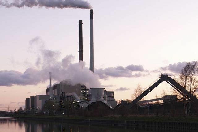 """欲废除""""清洁电力计划""""引众怒 美28州市起诉特朗普"""