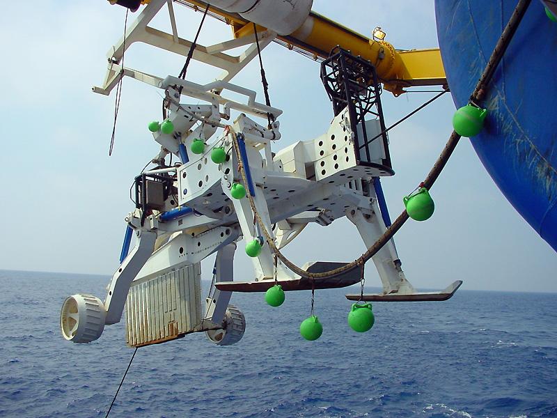 敷设海底电缆的犁