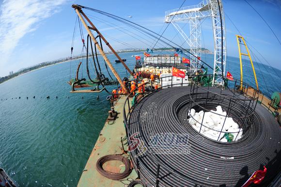 烟台长岛铺设30公里海底电缆