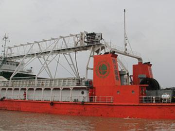 我国新型海底电缆工程船交付使用